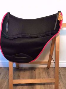 Picture of Ghost Saddle Pads - long flap